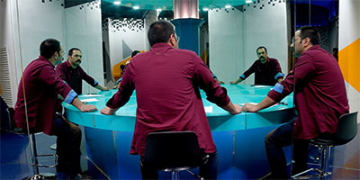 solo meeting table by saleh sokhandan